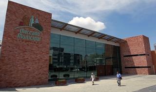 O Mercado Municipal completa 55 anos nesta...