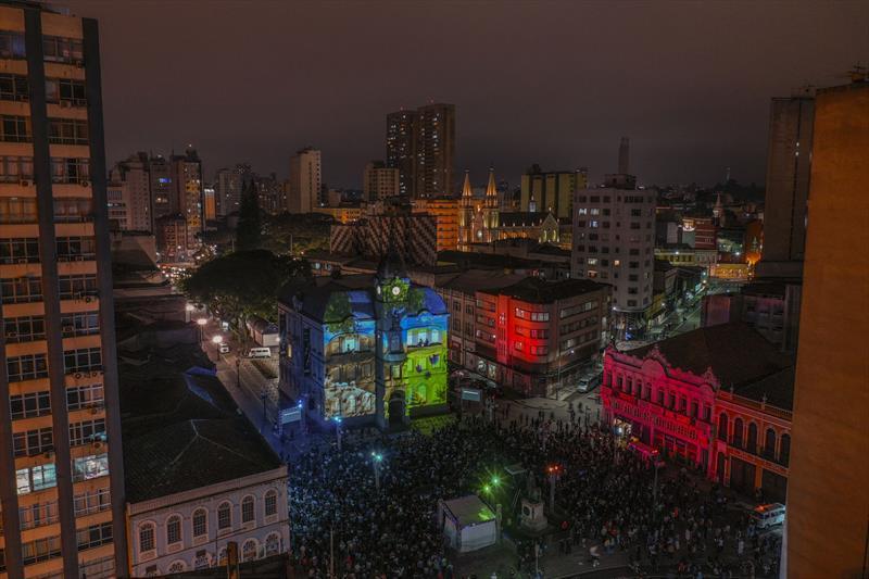 Apresentação de Natal no Paço Municipal. Natal de Curitiba - Luz dos Pinhais 2019. Crédito: Daniel Castellano / SMCS. Todas as imagens devem ser obrigatoriamente creditadas.