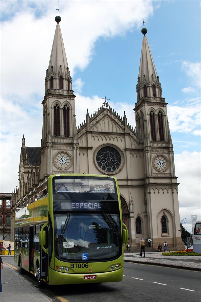 Linha Turismo. Foto: Luiz Costa/SMCS - Todas as imagens devem ser obrigatoriamente creditadas.
