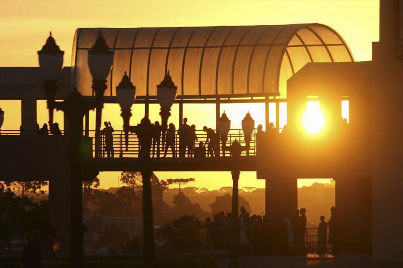 Por do sol no Parque Tanguá. Foto:Daniel Castellano/SMCS - Todas as imagens devem ser obrigatoriamente creditadas.