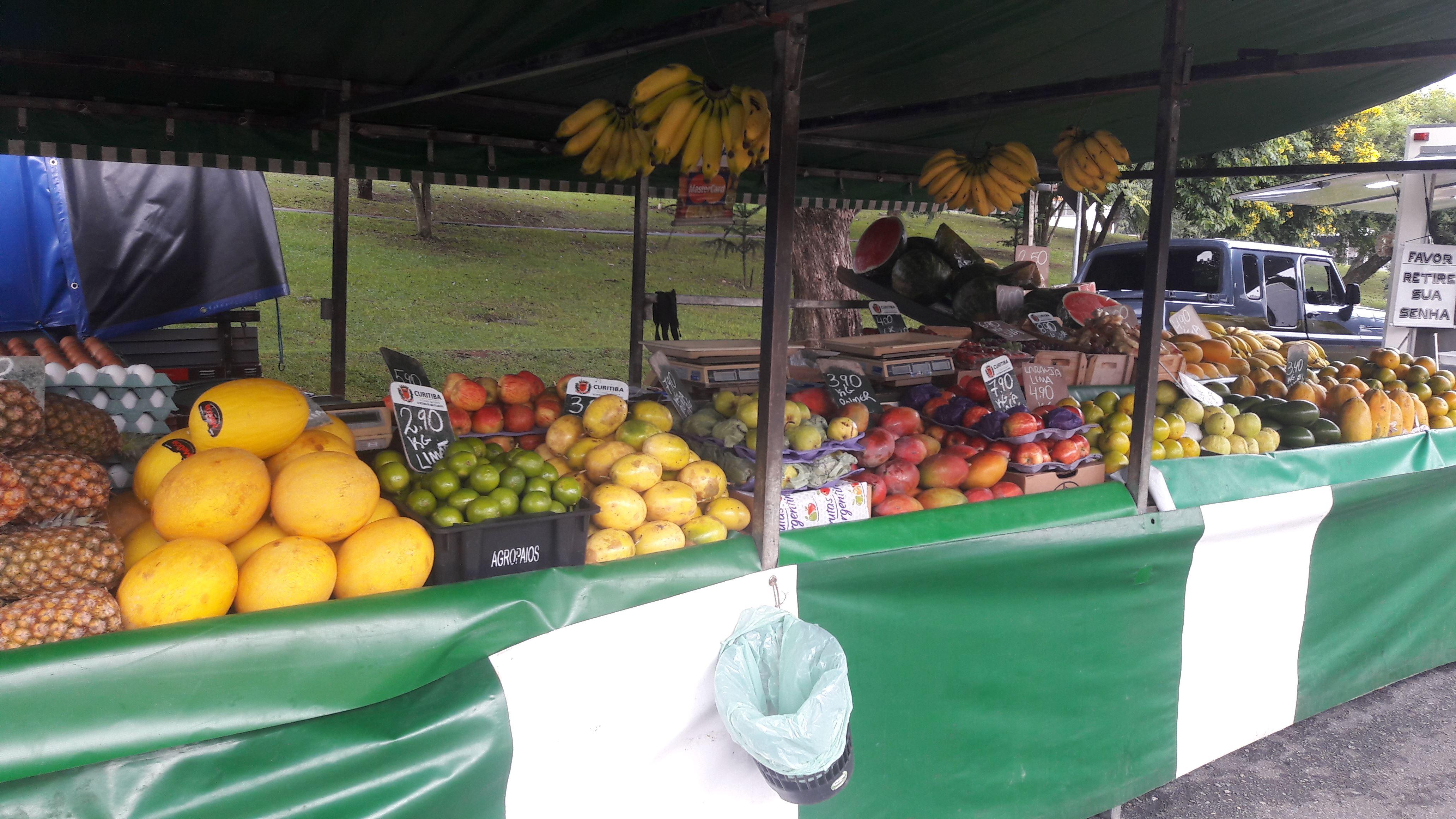 Foto 1 - Fanini frutas